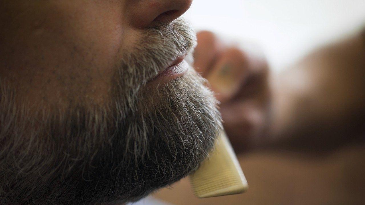 come curare la barba - farsi aiutare da un professionista